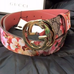 ☺️New Gucci Flower Blossom Women's Belt